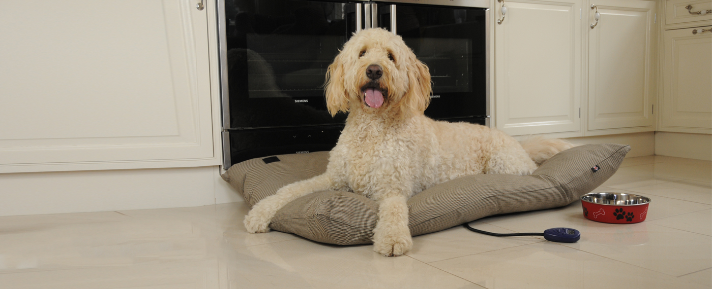 Hot Dog Pet Products - Heated Dog Bed